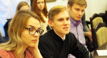 Добровольцы проекта «Жемчужное ожерелье Святой Руси» снимут видео о Смоленске